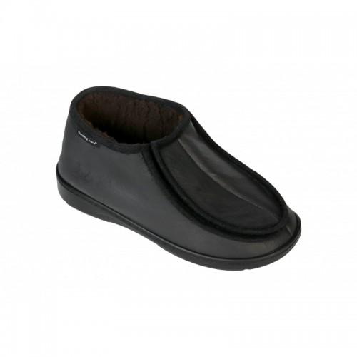 Sabugueiro Black in Sheep's Skin Winter Boot